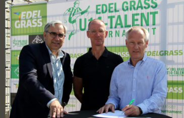 Replacing the main soccer field in our home town Genemuiden